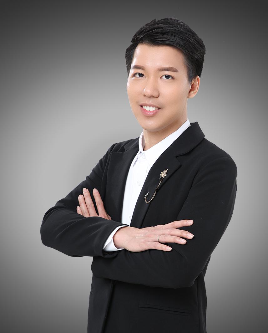 Simon  Yan