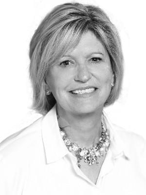Elizabeth  Janak